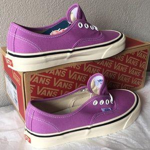 Vans Authentic 44 DX Color: OG Lilac